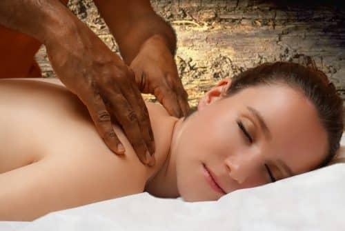 Massage sensuel : comment et pourquoi le pratiquer ?