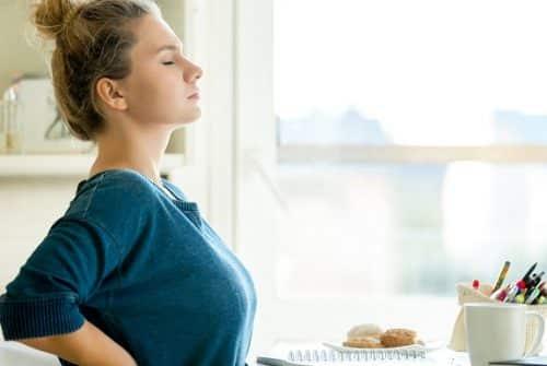 Qu'est-ce qui provoque une lombalgie ?